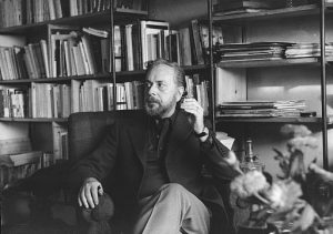 Greek poet Yannis Ritsos