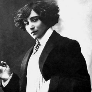 some quotes of French author Colette translated in hindi